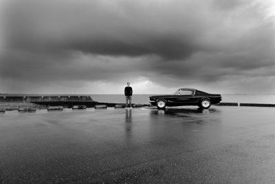 Bijna groot tiener foto's in zwart wit door Adrielle Fotografie uit Middelburg, Zeeland
